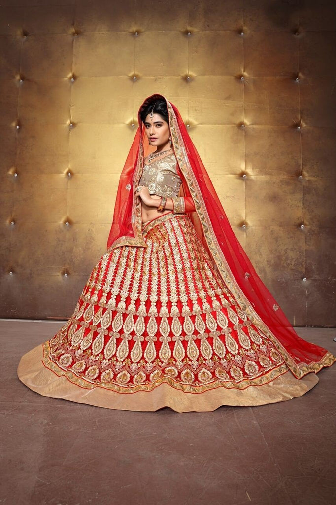 Aasvaa Awasome Women's Embroidered Net Lehenga Choli With Un-Stitched Blouse (MIRNA81_Red_Free Size)