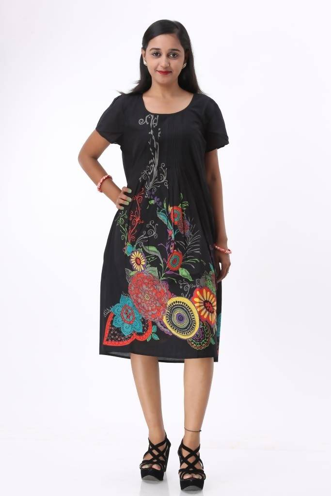 Matargashti Women Black Dress