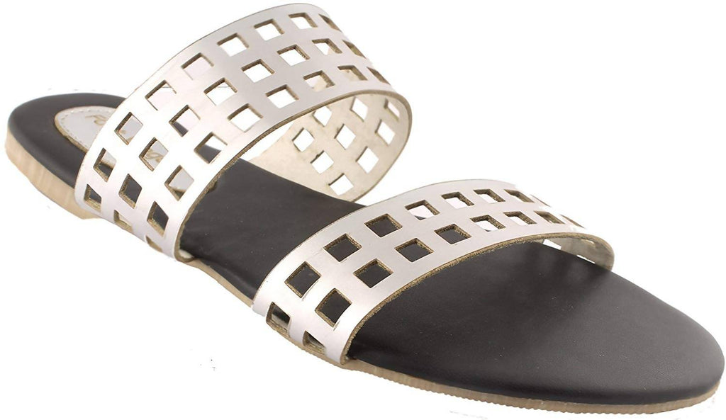 Foot Wagon Silver Flats|Silver Sandals | Ladies Sandal |Women Flats | Ladies Slippers |Girls Slippers |Flats | Chappals |Checks