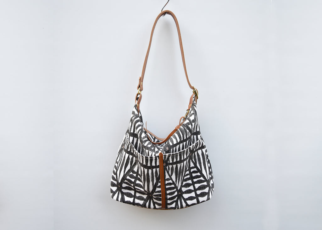 SALE!  Lizzie Printed Canvas Hobo