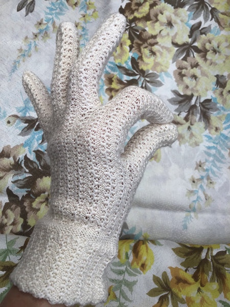 1940s Vintage Lace Knit Day Gloves • Bridal Gloves