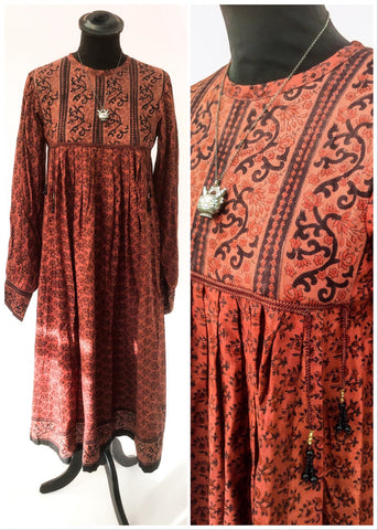 Original block printed ayesha davar 1970s dress, never been worn, like new.