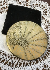 Collectable vintage 60s Vogue Vanities ladies  powder compact case
