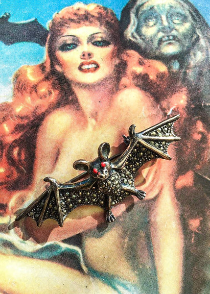 1990s Vintage Sterling Silver Marcasite Vampire Bat Brooch Pin 🦇 Gothic