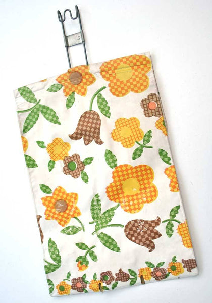 Buy 60s Vintage midcentury plastic peg bag, very retro for household chores