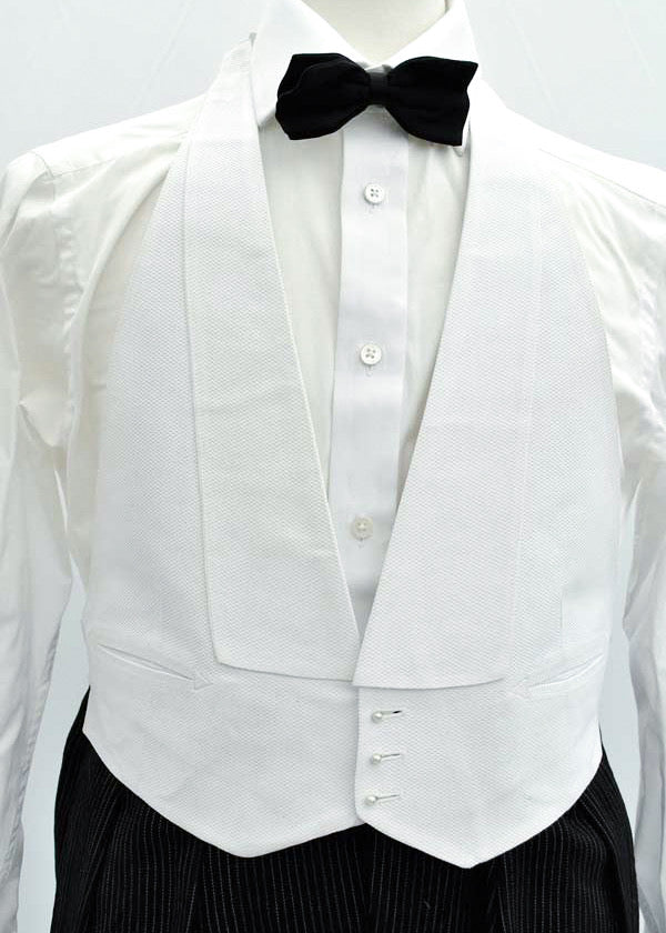 Mens vintage Formal white textured marcella waistcoat, mess dress, starched for 40 inch chest