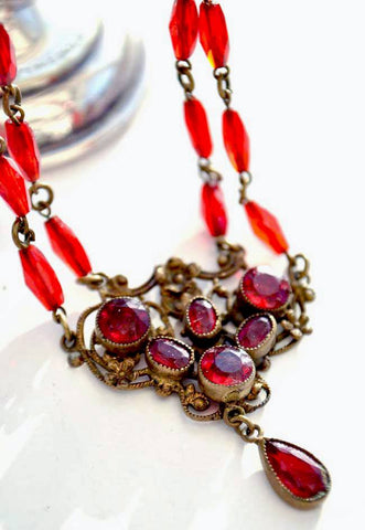 Luscious ruby red czech glass necklace, with a neiger bros feel to the design