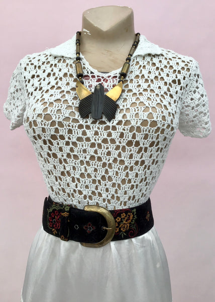 1970s Vintage White Crochet Short Sleeve Top
