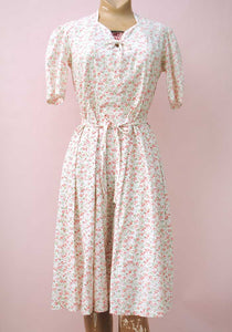 1930s/40s Pretty Vintage Cotton Ditsy Floral Summer Dress