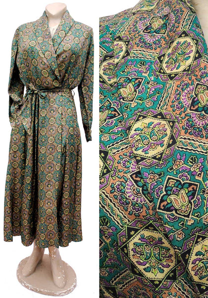 fab 1940s luscious green silk rayon dressing gown housecoat