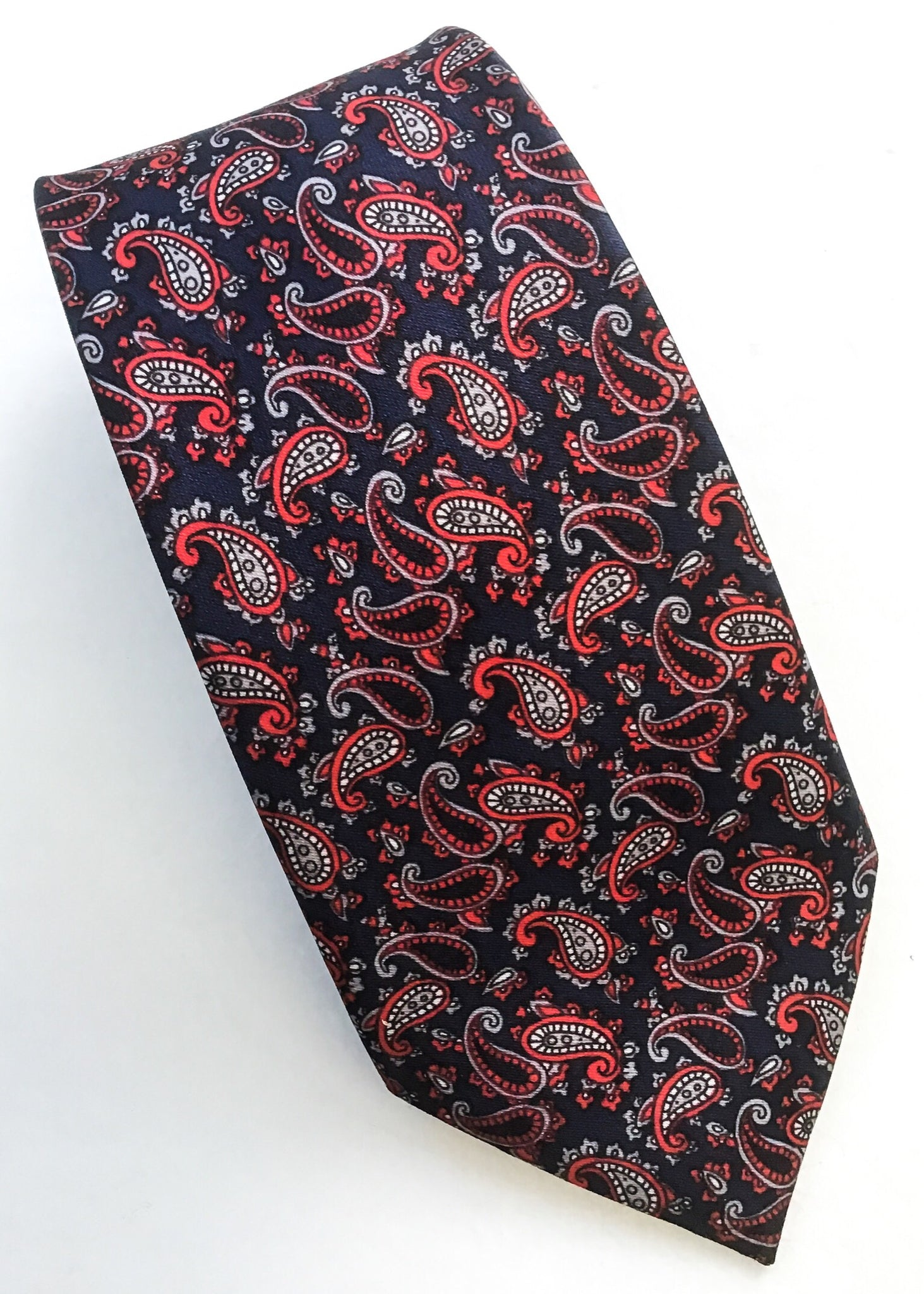 Mens navy blue and red silk paisley neck tie