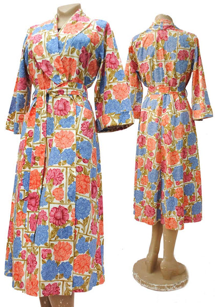 vintage 1940s floral print housecoat, dressing gown