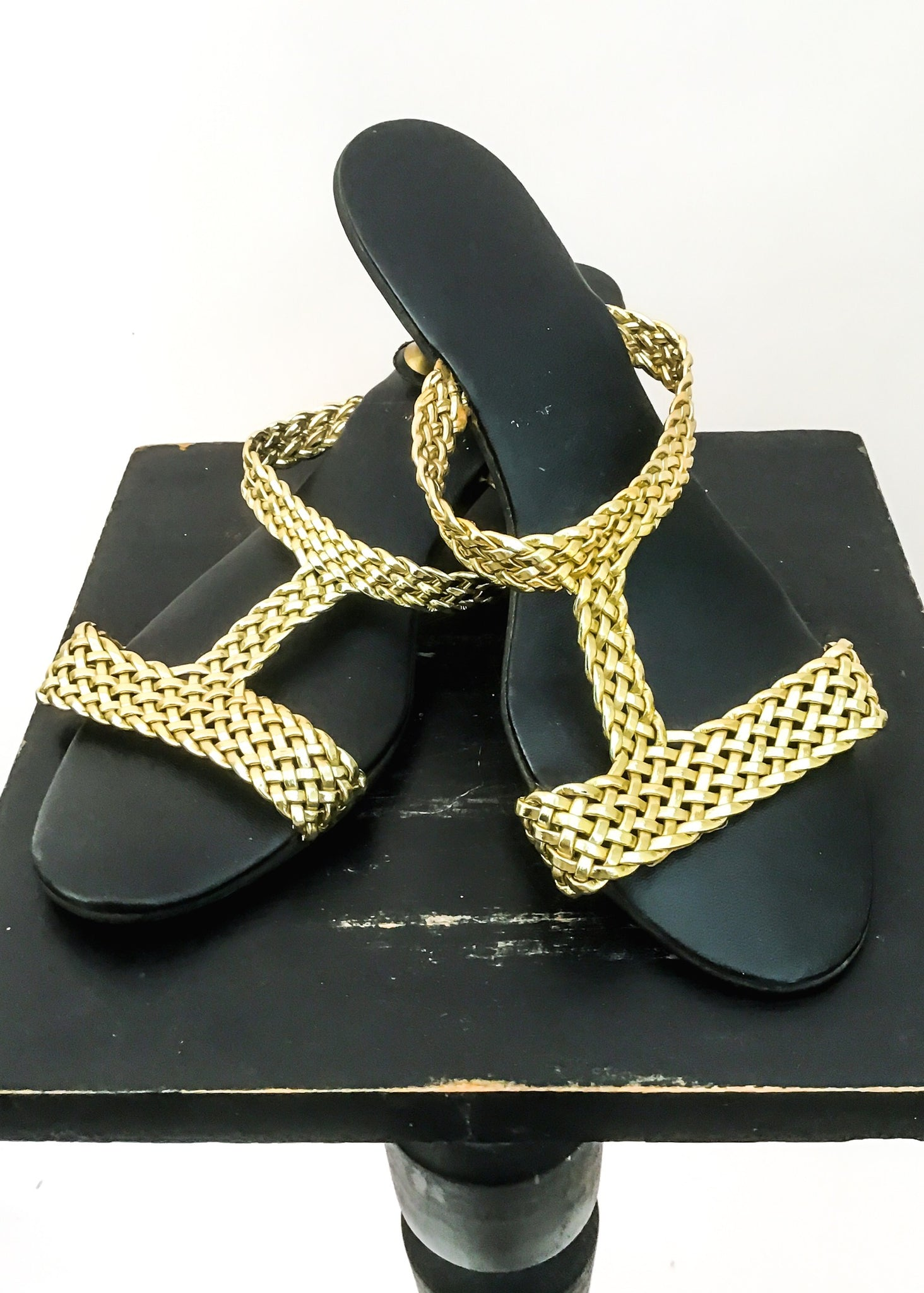 Vintage woven gold strappy sandals