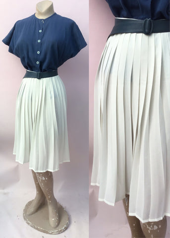 Vintage 70s cream Sunray pleated skirt by st michael. Size 14/16
