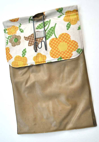 1960s Vintage Yellow Daisy Vinyl Peg Bag, Hang on the Line