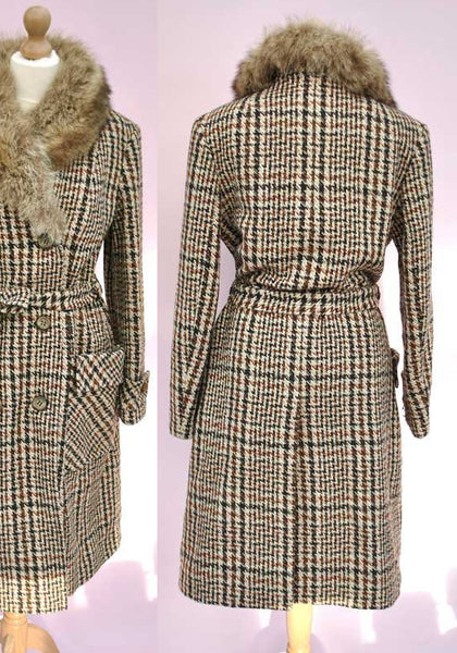 1960s Vintage Tweed Check Double Breasted Coat with Fox Trim Collar