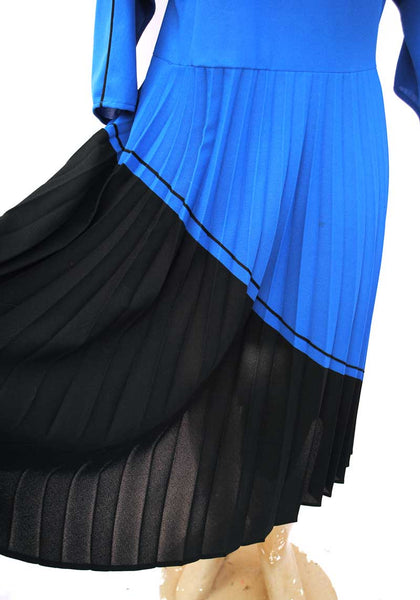 1980s Vintage Blue and Black Pleated Dress