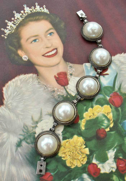 Buy vintage pearl link bracelet with oversized faux pearl cabouchon domes