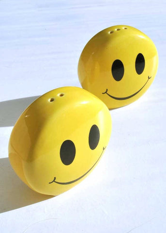 Smiley face yellow salt and pepper shakers
