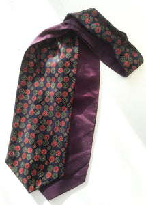 Blue vintage 60s cravat with circles pattern and purple lining