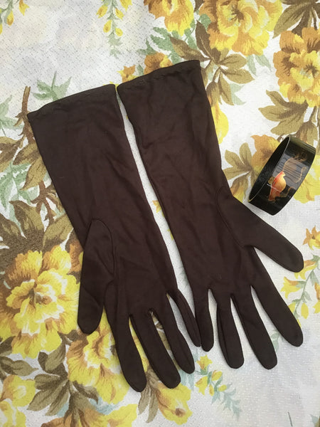 1950s Vintage Chocolate Brown Embroidered Bracelet Gloves • Size 7.5