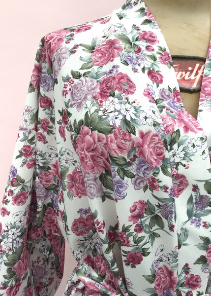 1960s Vintage Pink Floral Robe Housecoat • Dressing Gown