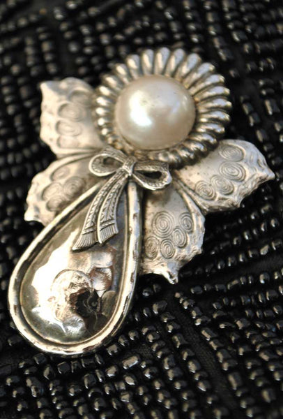 vintage 70s silver angel brooch