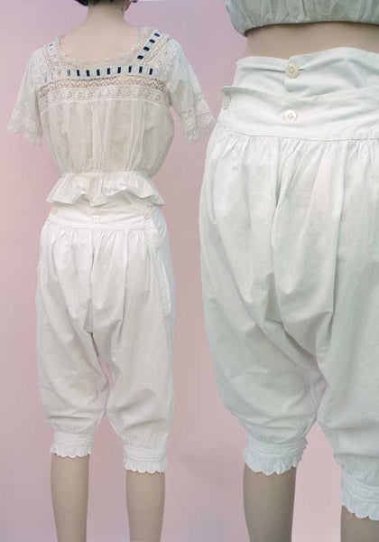 victorian back flap bloomers, back buttons knickerbockers