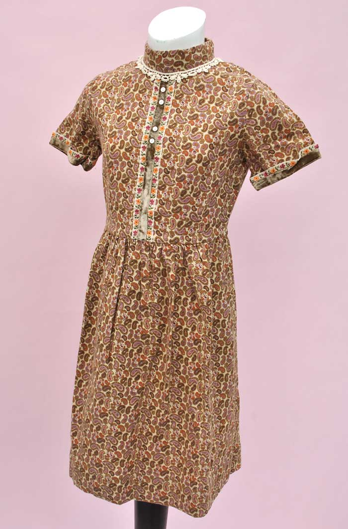 girls vintage 70s paisley dress