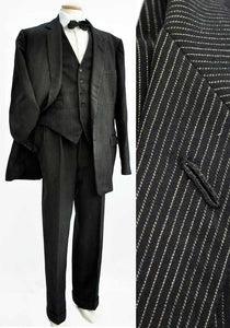 "1950s Early 60s Men's Vintage Black Pinstripe 3 Piece Suit 44-45""L"