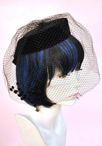 1950s Black Velvet Veiled Fascinator Hat