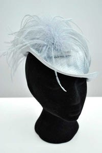 Vintage 70s powder blue straw hat with ostrich feather • Pauline for Bermona