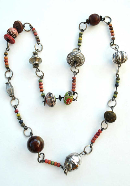 1970s Vintage Boho Ethnic Tribal Necklace • Beads