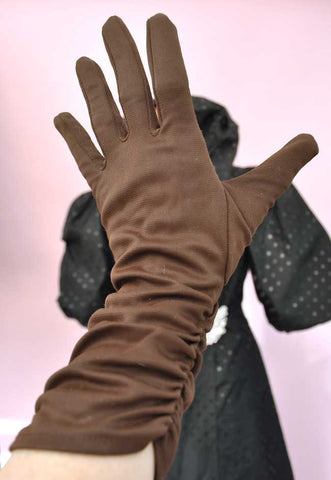 1960s Vintage Chocolate Brown Bracelet Length Gloves • Size 7