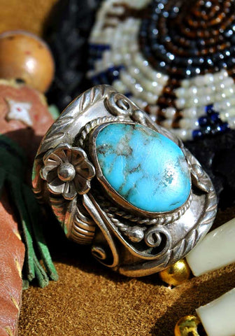 Vintage Native American Navajo Sleeping Beauty Turquoise Silver Ring • D&J Clark