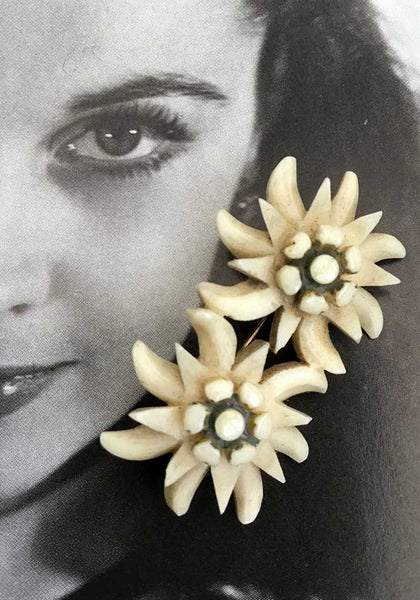 vintage collectible 1930s double eidelweiss flower carved bone souvenir brooch