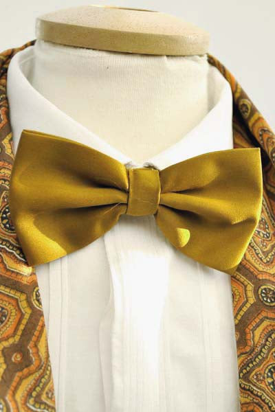 1990s Men's Gold Satin Bow Tie and Cummerbund Set