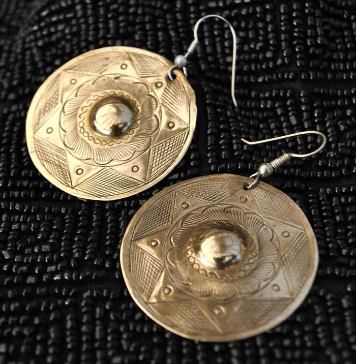 mexican silver disc engraved earrings