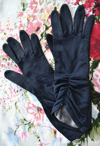 "1960s Vintage Navy Blue Bracelet Length Day Gloves • 3"" Finger"