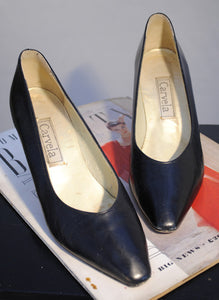 vintage navy blue leather court shoes