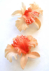 vintage 50s featherlite celluloid orchid earrings