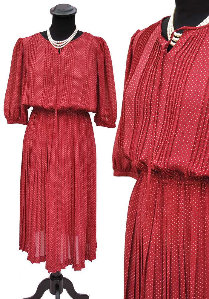 vintage 70s does 1940s style pleated chiffon polka dot dress
