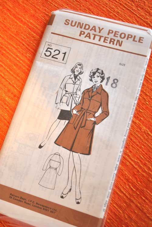 1970s Vintage Dressmaking Pattern Sunday People Coat Pattern 521