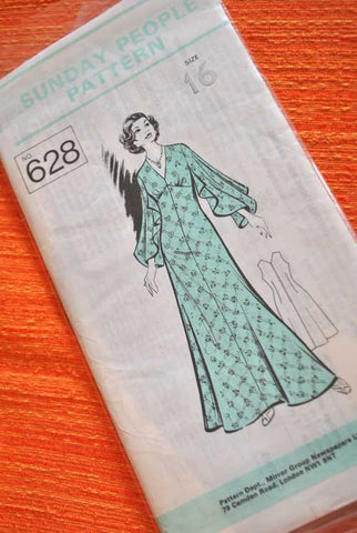 70s Sunday People Maxi Dress Pattern 546