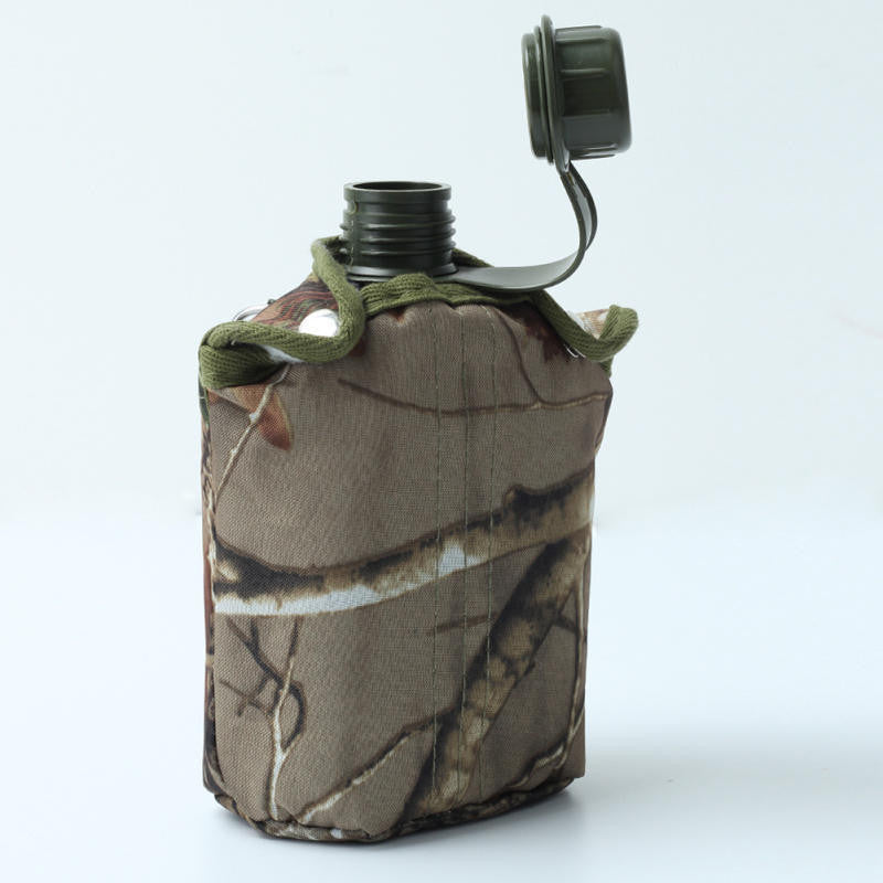 Army Style Patrol Water Canteen w/ Camo Bag