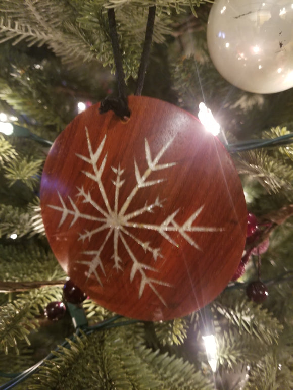 Holiday Gifts - Snowflake Ornament with Secret Compartment / Online Course