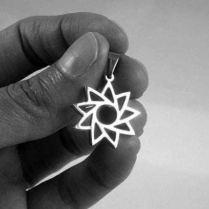 Nine-pointed Star Pendant