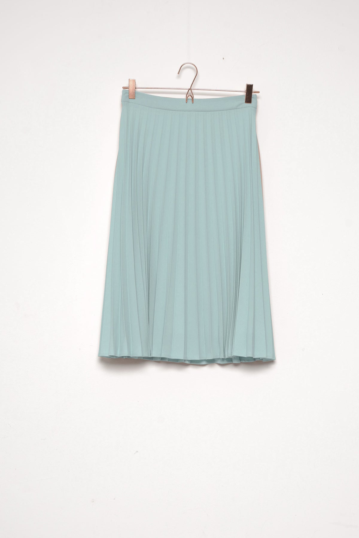 Ray Pleat Midi Skirt Smint