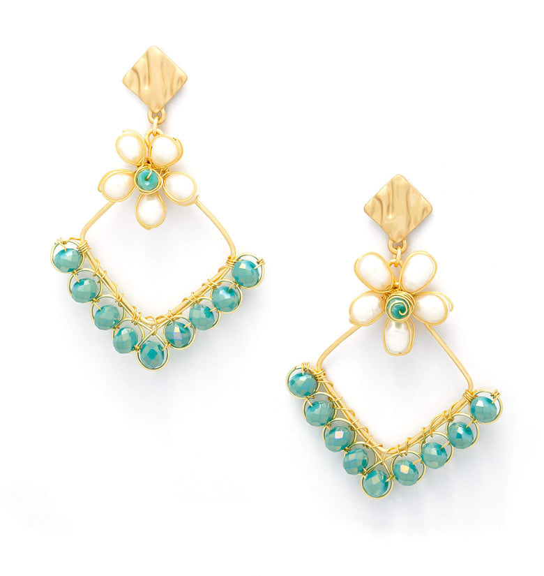 Mila Earrings. Gold Color Earrings with  green Crystal Beads and fresh water pearls. Stud Earrings. Wire Wrapped Earrings