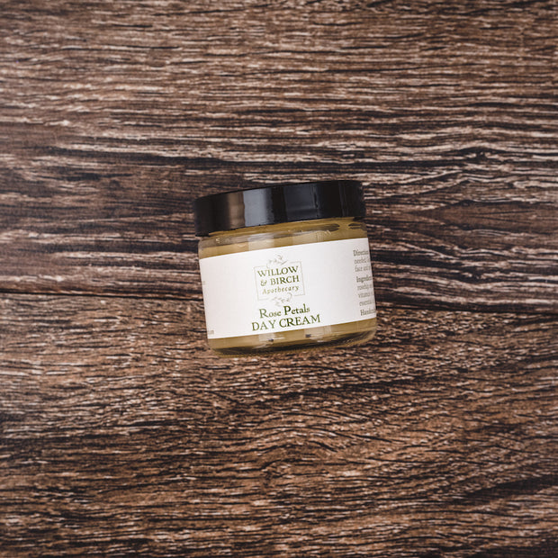 Rose Petals Day Cream - Moisturizing Face Cream for Natural Beauty 1